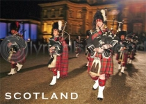 Scotland - Scottish Pipers Magnet (H)